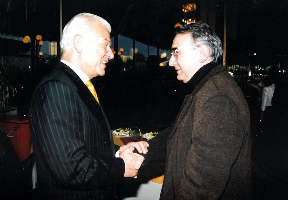 Петър Манджуков и Светлин Русев